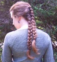 Elling Woman's hairstyle